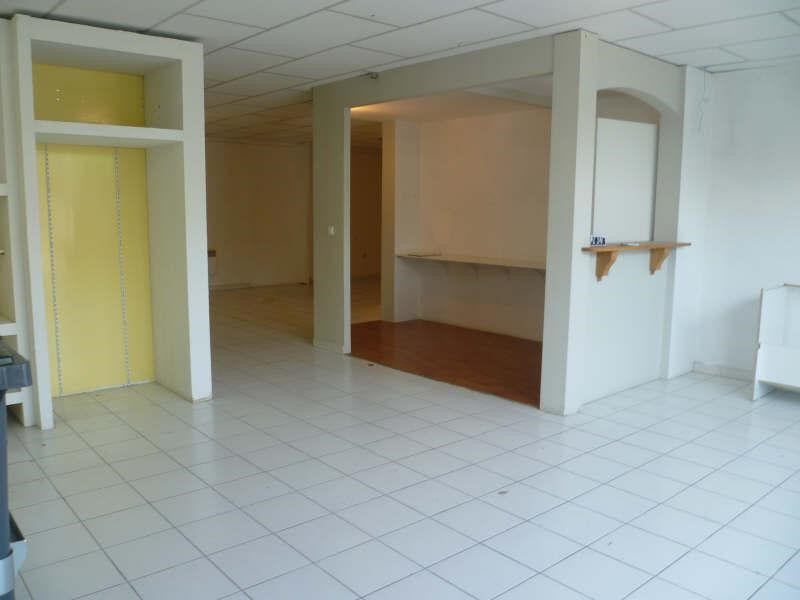 Location local commercial Carpentras 600€ +CH/ HT - Photo 1