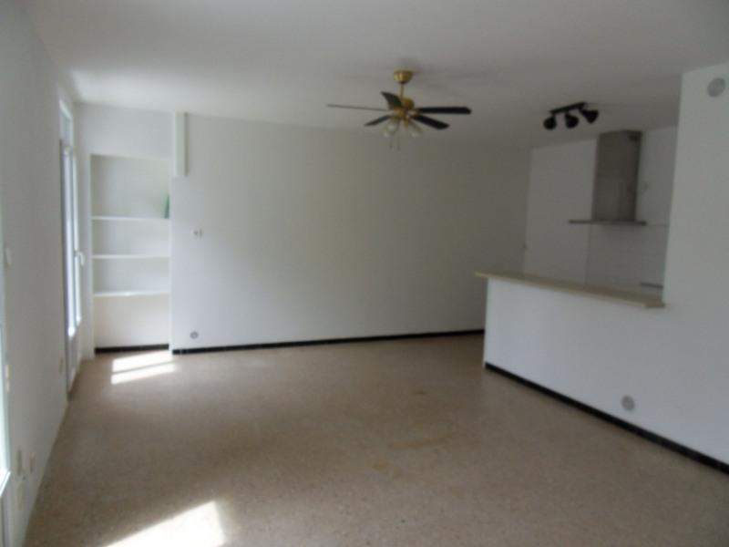 Rental apartment Entraigues sur la sorgue 600€ CC - Picture 5
