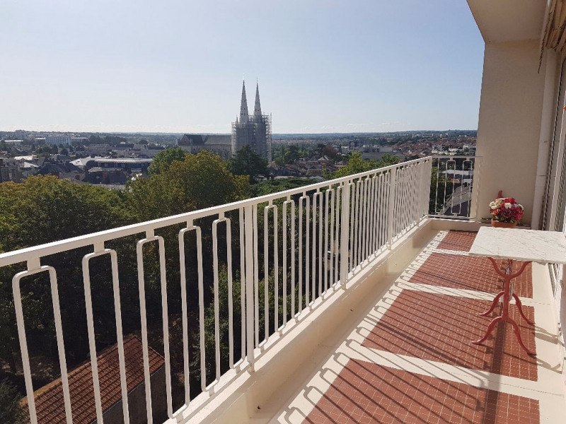 Investment property apartment Cholet 155 900€ - Picture 1