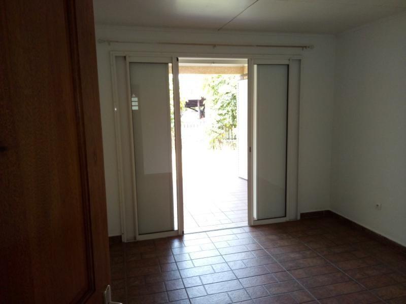 Rental house / villa La riviere 779€ CC - Picture 4
