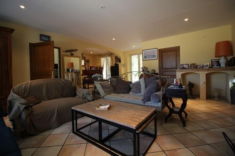 Vente de prestige maison / villa Lagnes 650000€ - Photo 4
