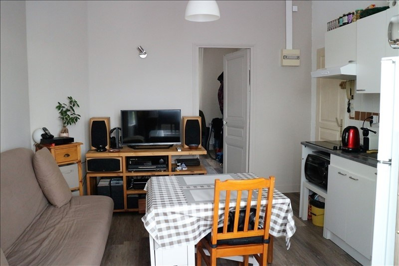 Location appartement Fontainebleau 490€ CC - Photo 2