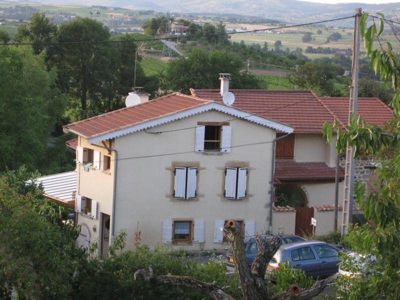 Rental house / villa Saint romain de popey 485€ CC - Picture 2