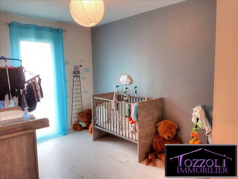 Sale house / villa Bourgoin jallieu 209000€ - Picture 5