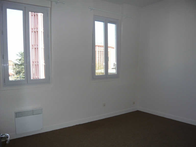 Location appartement Yvetot 495€ CC - Photo 3