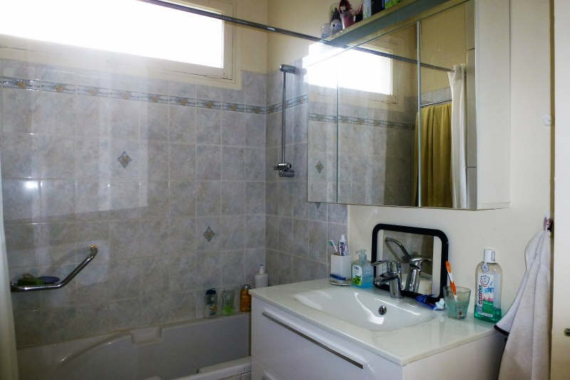 Sale apartment Noisy-le-roi 270000€ - Picture 6