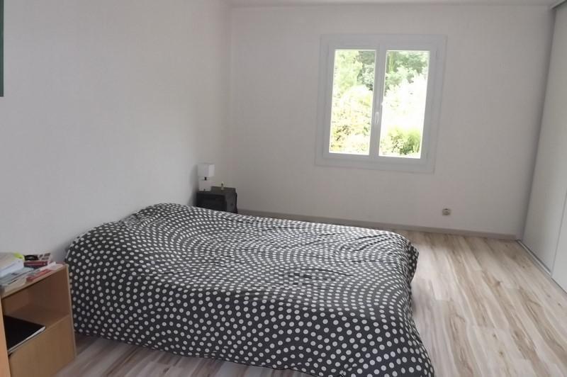 Sale house / villa Montpon menesterol 239000€ - Picture 4