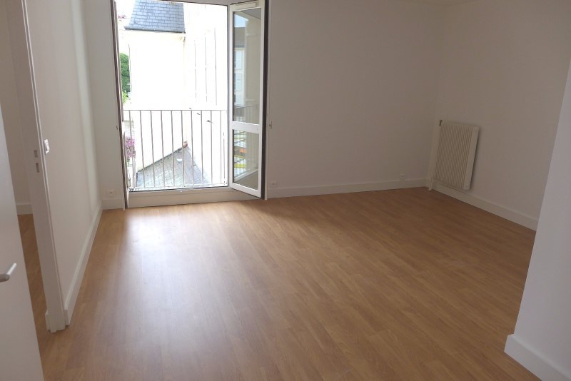 Rental apartment Garches 1 080€ CC - Picture 5