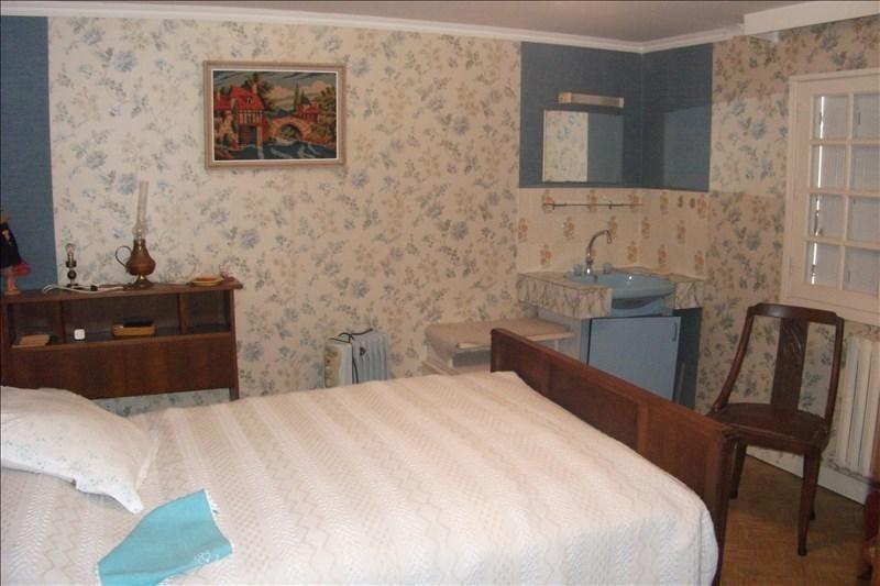 Sale house / villa Pont croix 162130€ - Picture 9
