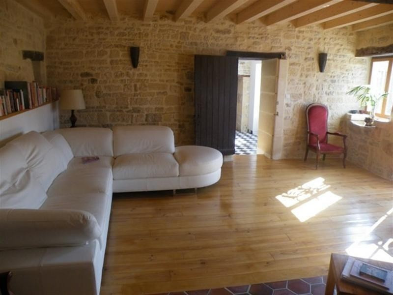 Sale house / villa St jean d angely 209000€ - Picture 6