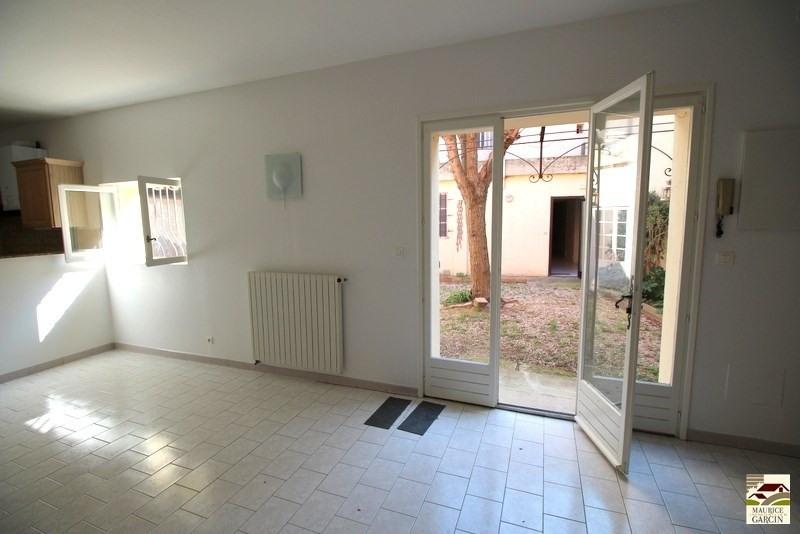 Location maison / villa Cavaillon 795€ CC - Photo 9