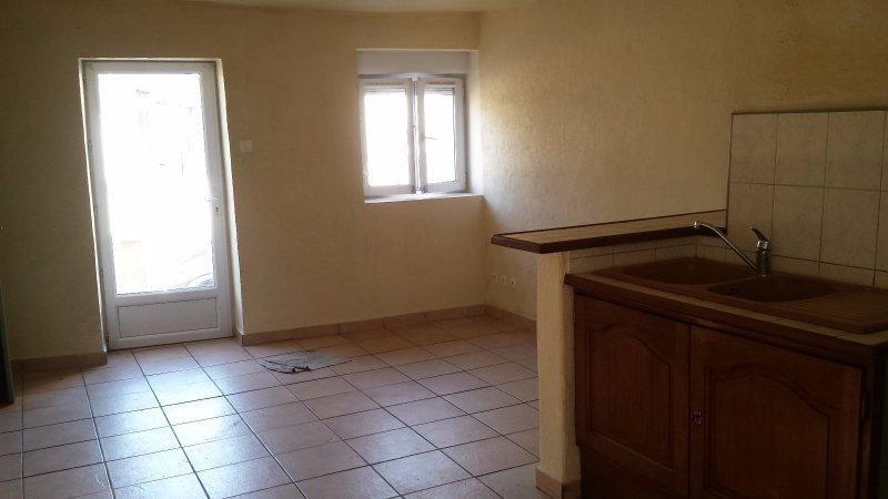 Sale house / villa St laurent de chamousset 68000€ - Picture 3