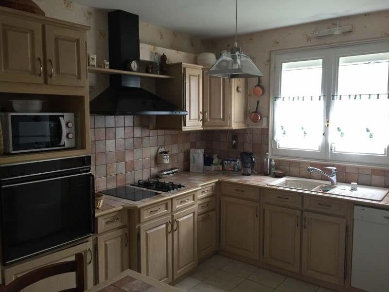 Sale house / villa Lesigny 350000€ - Picture 3