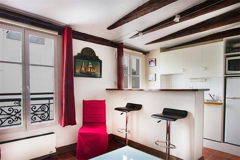 Location appartement Paris 8ème 1 600€ CC - Photo 2
