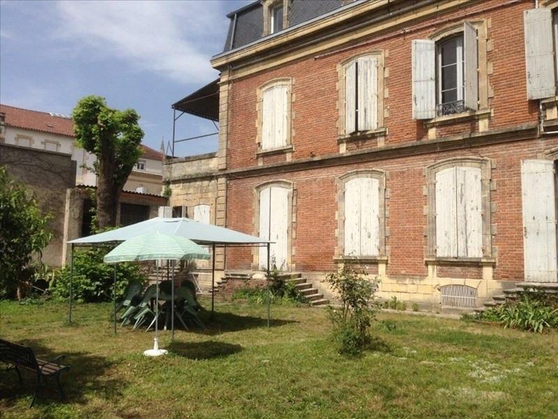 Sale building Agen 650000€ - Picture 1