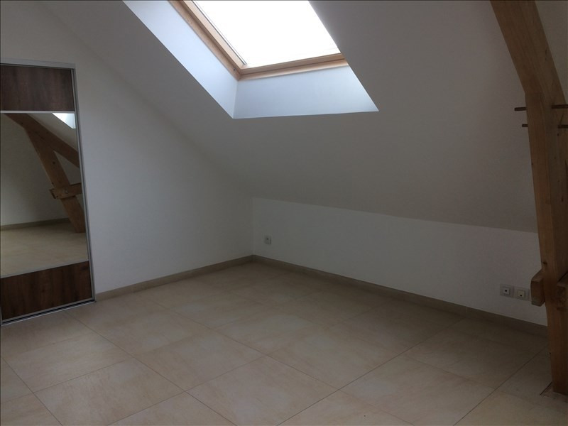 Rental apartment Noyant 380€ CC - Picture 6
