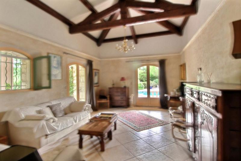 Vente maison / villa Montfrin 337000€ - Photo 5