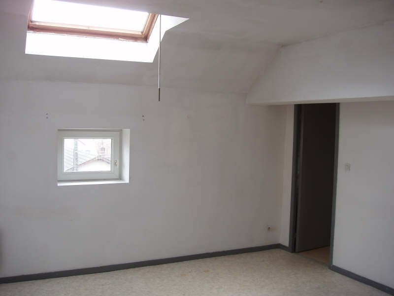 Rental apartment Fourchambault 280€ CC - Picture 2