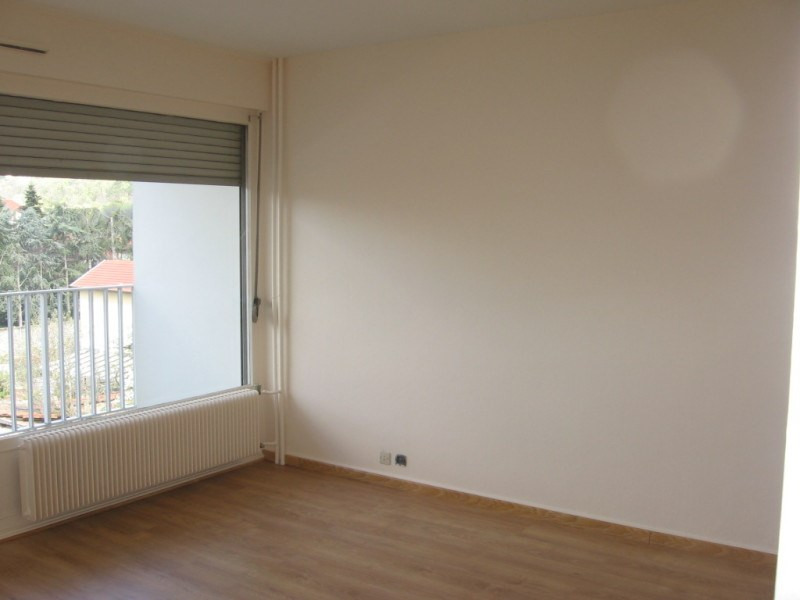 Rental apartment Oullins 499€ CC - Picture 3