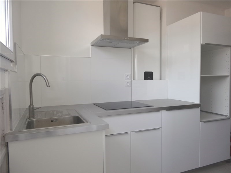 Location appartement Toulon 730€ CC - Photo 2