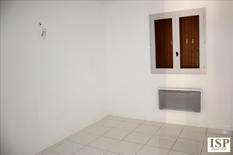 Rental apartment Aix en provence 796€ CC - Picture 4