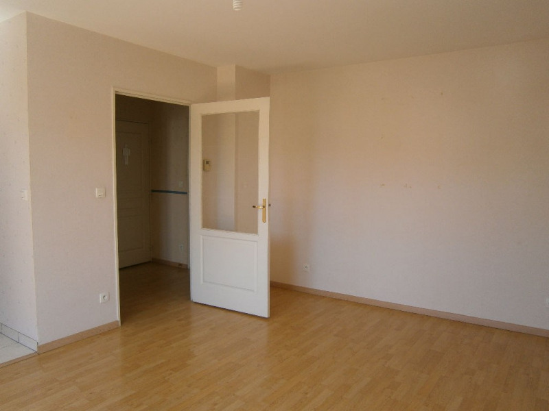 Location appartement Chartres 520€ CC - Photo 3