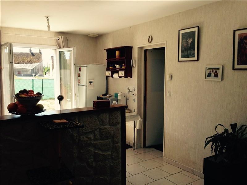 Sale house / villa Vineuil 241500€ - Picture 3