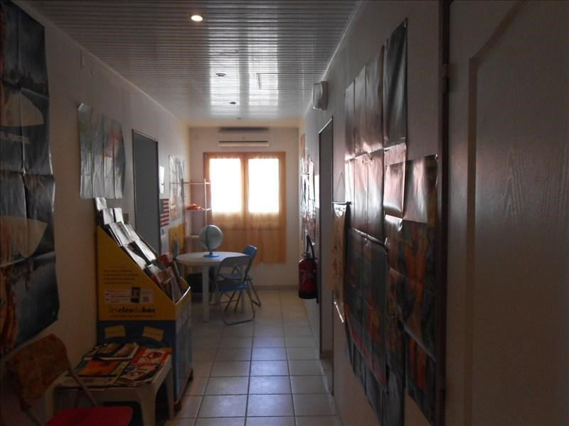 Sale office Basse terre 190 000€ - Picture 1