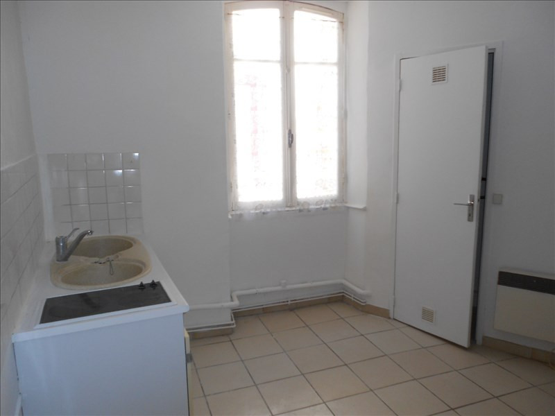 Sale apartment Lodeve 32 000€ - Picture 2