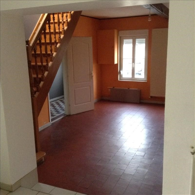 Rental house / villa Homblieres 805€ CC - Picture 3