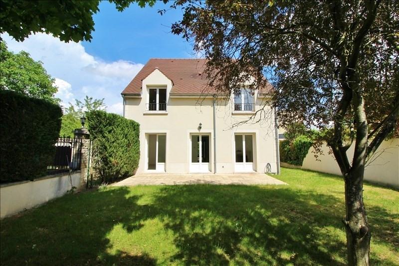 Sale house / villa Chatou 820000€ - Picture 1