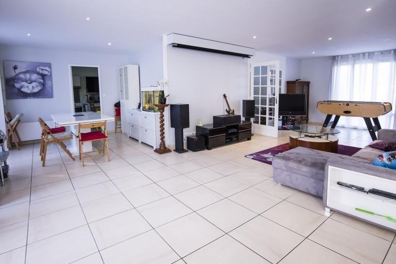 Vente de prestige maison / villa Plaisir 555000€ - Photo 2