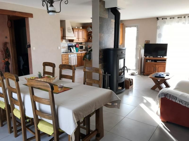 Sale house / villa La chapelle du genet 174 700€ - Picture 2