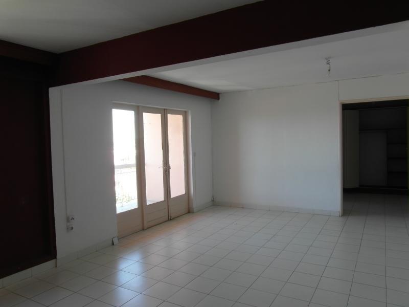 Sale apartment Le port 86000€ - Picture 3