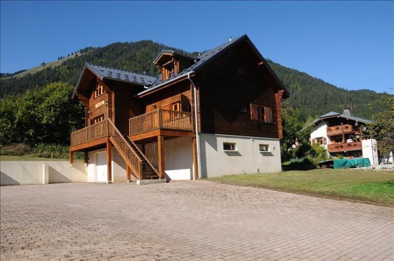 Deluxe sale house / villa Essert romand 655000€ - Picture 1