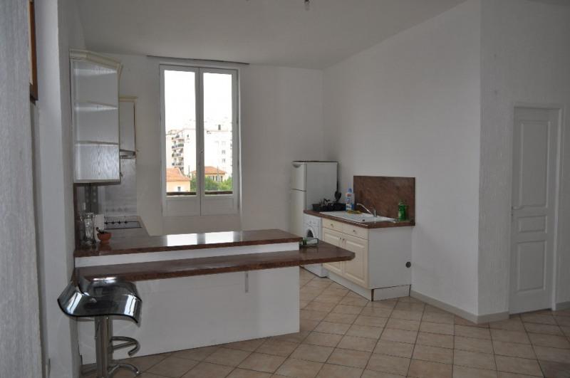 Location appartement Nice 809€ CC - Photo 2