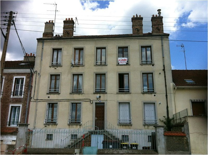 Location appartement Corbeil essonnes 605€ CC - Photo 1