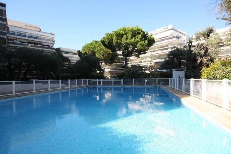 Sale apartment Juan les pins 350000€ - Picture 3