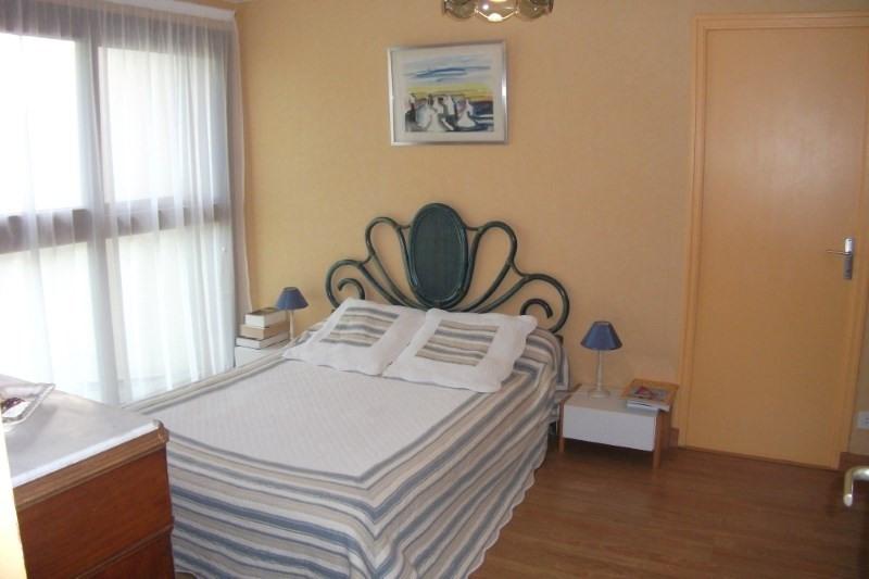 Sale house / villa Pont croix 332800€ - Picture 7