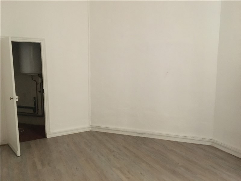 Rental apartment Nimes 950€ CC - Picture 9