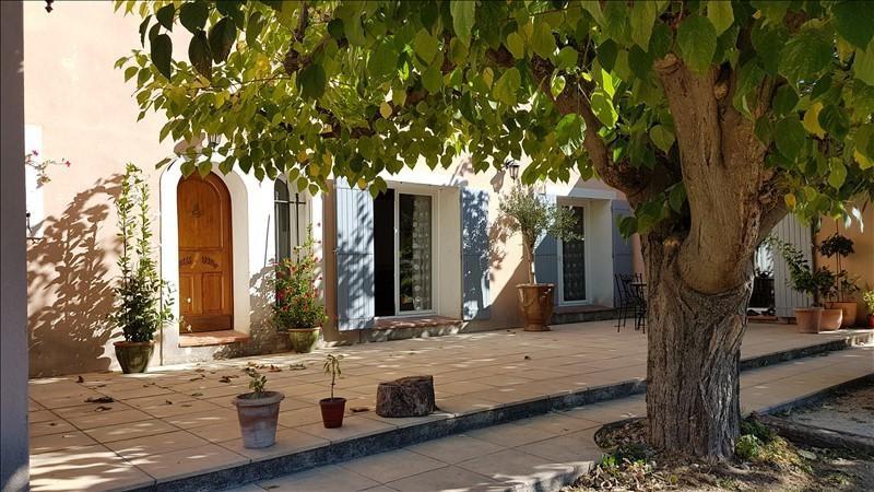 Location maison / villa Eyguieres 1400€ CC - Photo 3