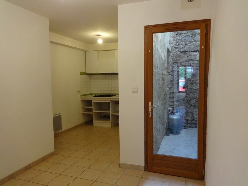 Location maison / villa Le thor 507€ CC - Photo 1