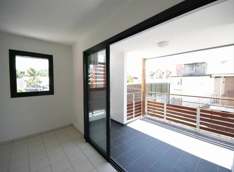 Vente appartement St pierre 128000€ - Photo 2