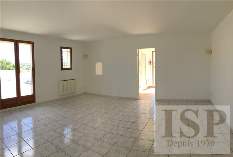 Rental apartment Les milles 650€ CC - Picture 4