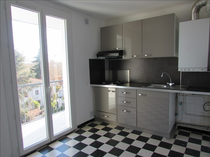 Sale apartment Beziers 81 000€ - Picture 3