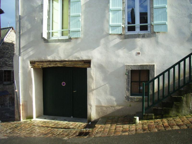 Rental parking spaces Laval 52€ CC - Picture 2