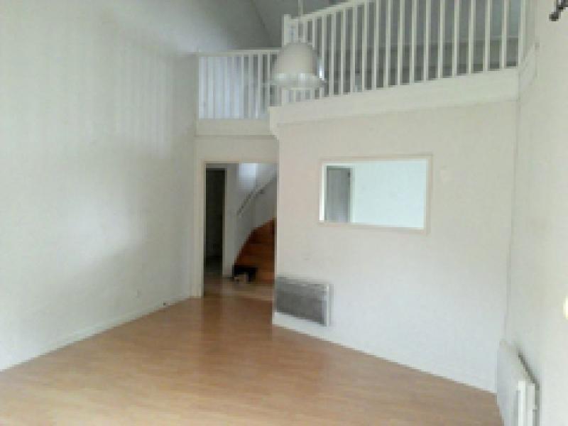 Location appartement Villette d anthon 926€ CC - Photo 2