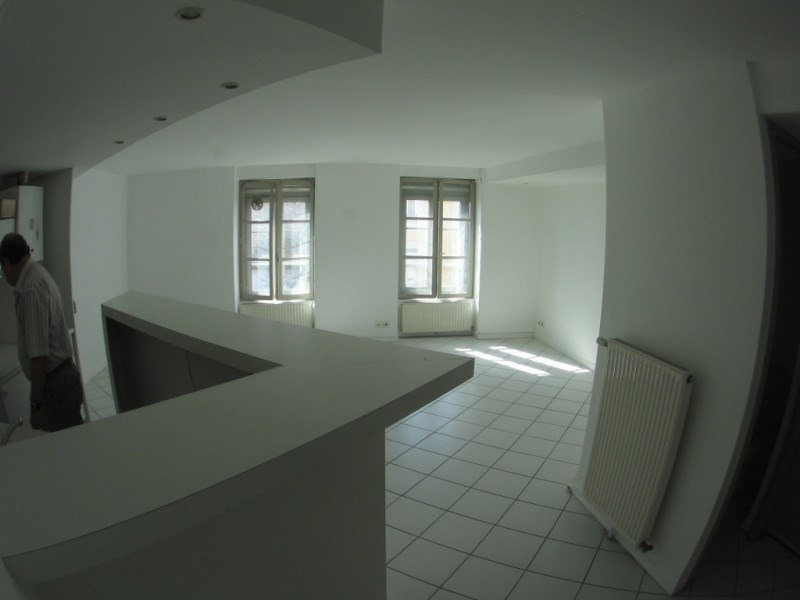 Rental apartment Oullins 619€ CC - Picture 2