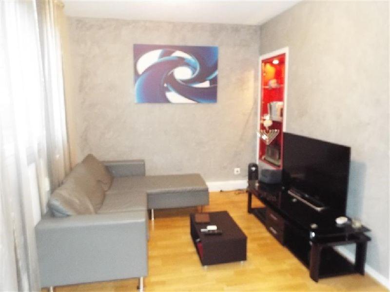 Sale apartment Ste genevieve des bois 196000€ - Picture 2