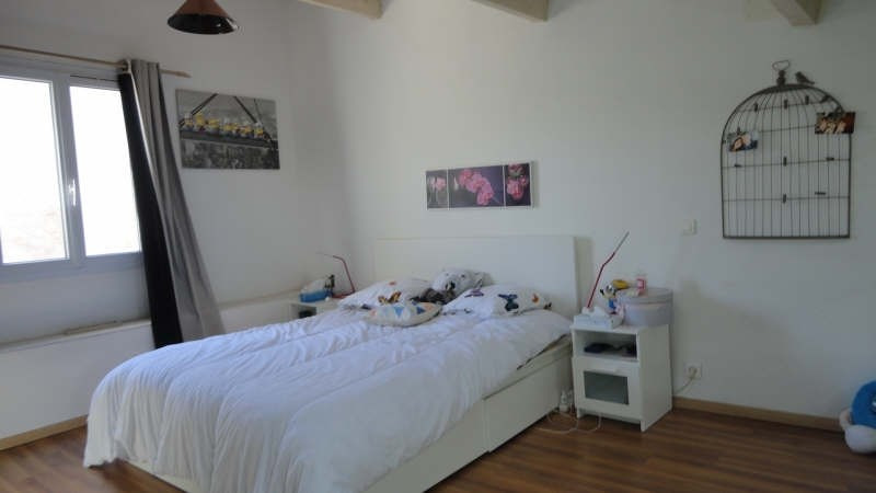Sale house / villa St chamas 210 000€ - Picture 4